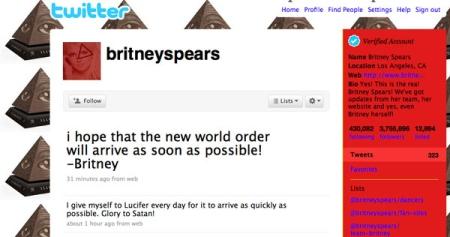Britney Spears-Twitter-Satana2